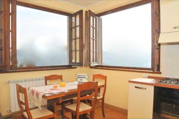 Villa in vendita a Massarosa, 4 locali, prezzo € 130.000 | CambioCasa.it